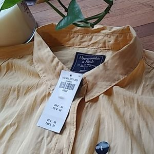 Abercrombie and finch cotton little blouse.